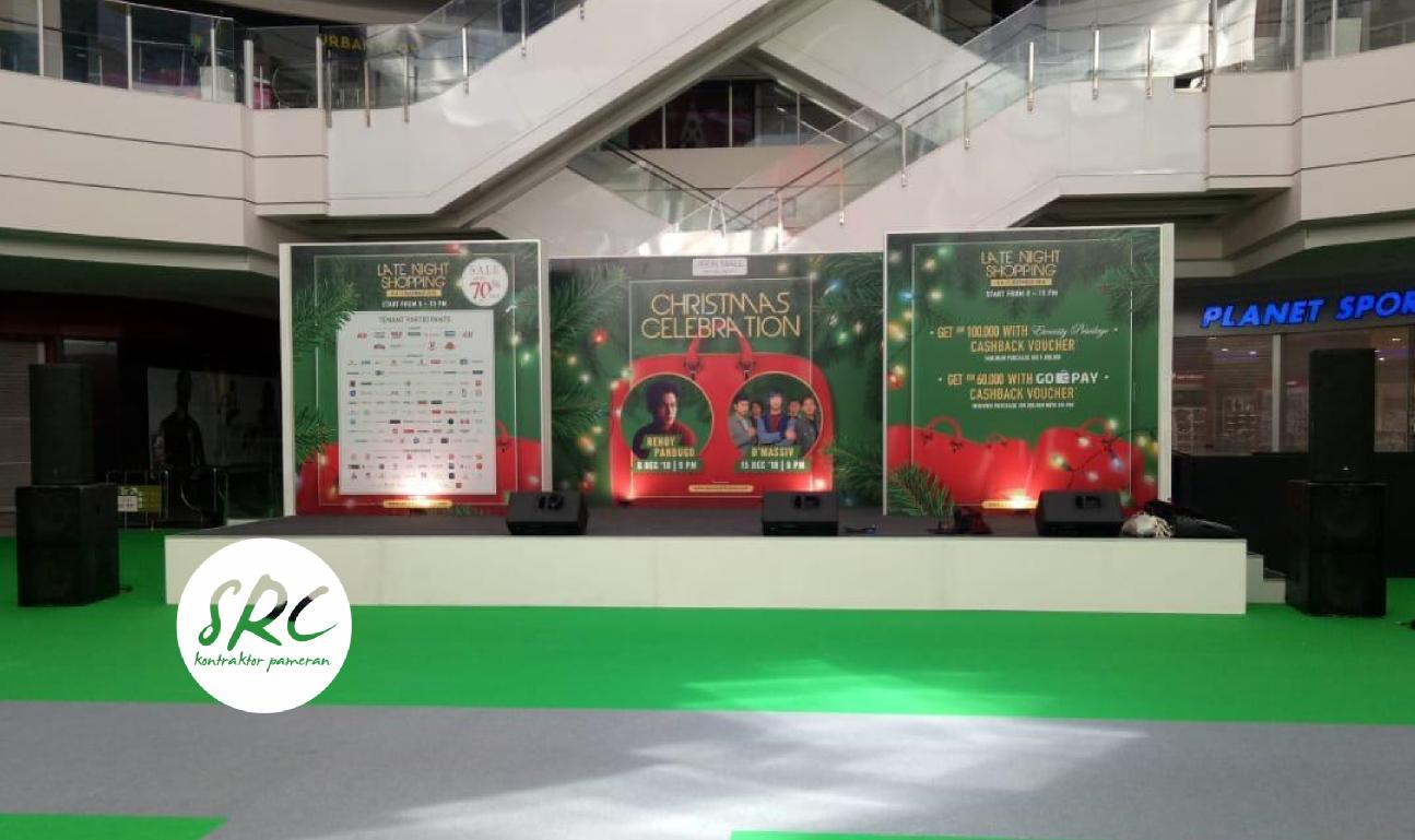 Stage Christmas AEON Mall